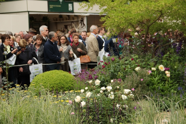 Chelsea Flower Show crowd