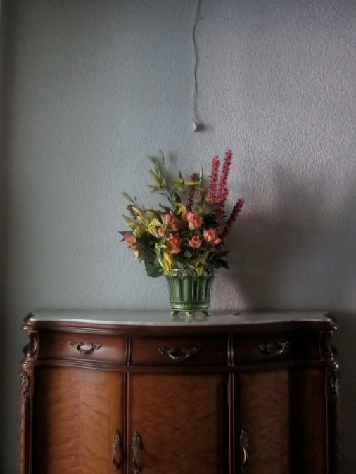 faux plants in Spanish apartment