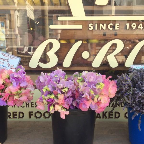 Floral Fridays: Sweet Peas at Bi-Rite Market, SanFrancisco